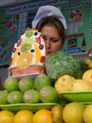 femme aux fruits 2