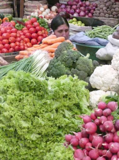femme aux légumes